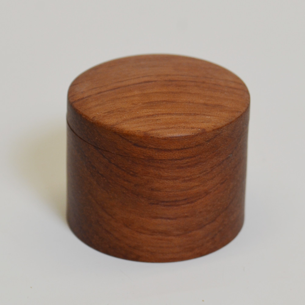 Red Heart Lidded Ring Box